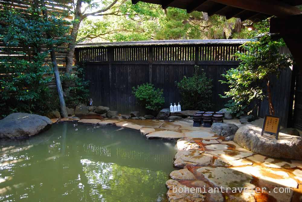 Okyakuya ryokan onsen at Kurokawa Onsen village Kyushu Japan (4)