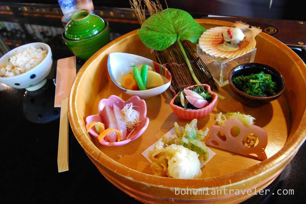 meal at Nikitatsu-an in Dogo