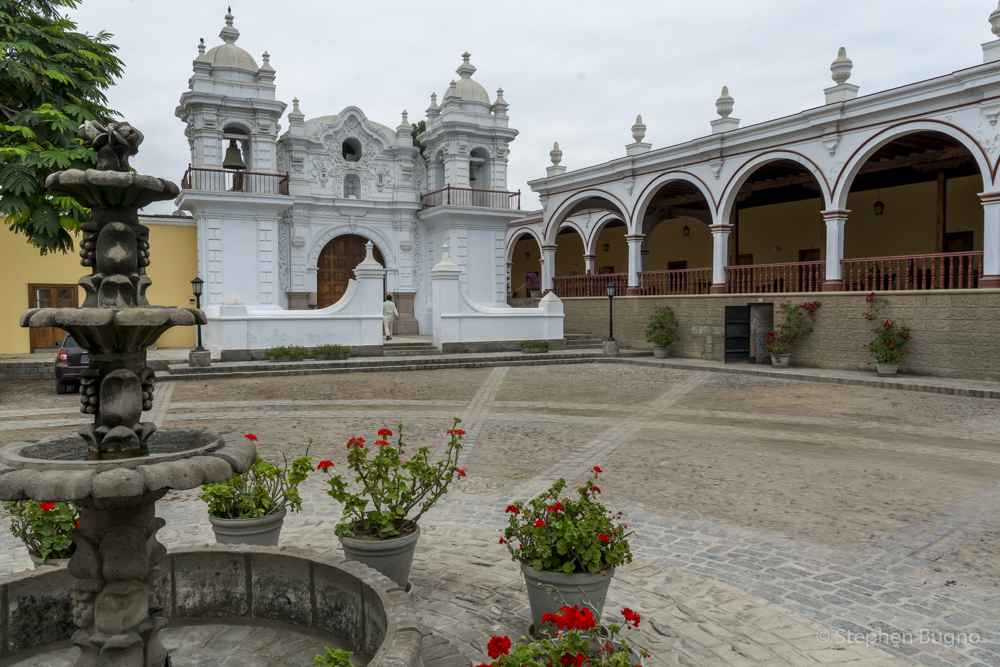 Traveling Peru with Peru Hop